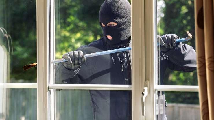 Hoe detecteert een alarmsysteem een inbreker of ander gevaar?